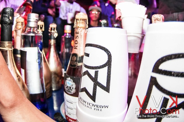 Close up on MMG cups and Moet